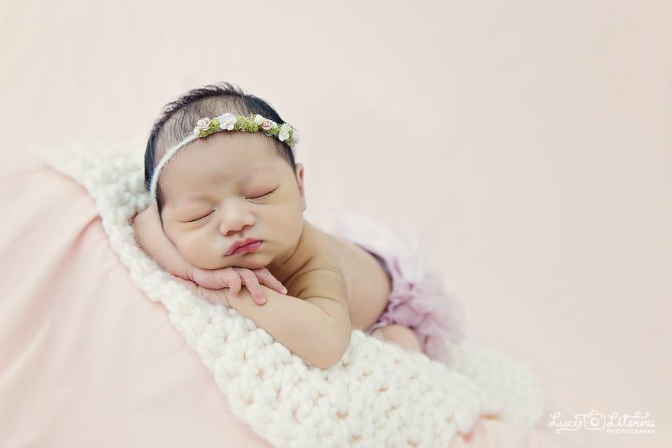 newborn photography toronto