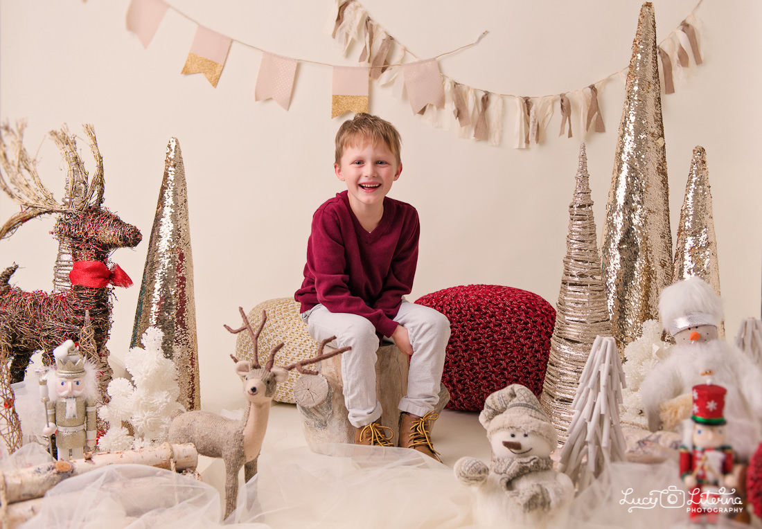 holiday mini sessions in the studio